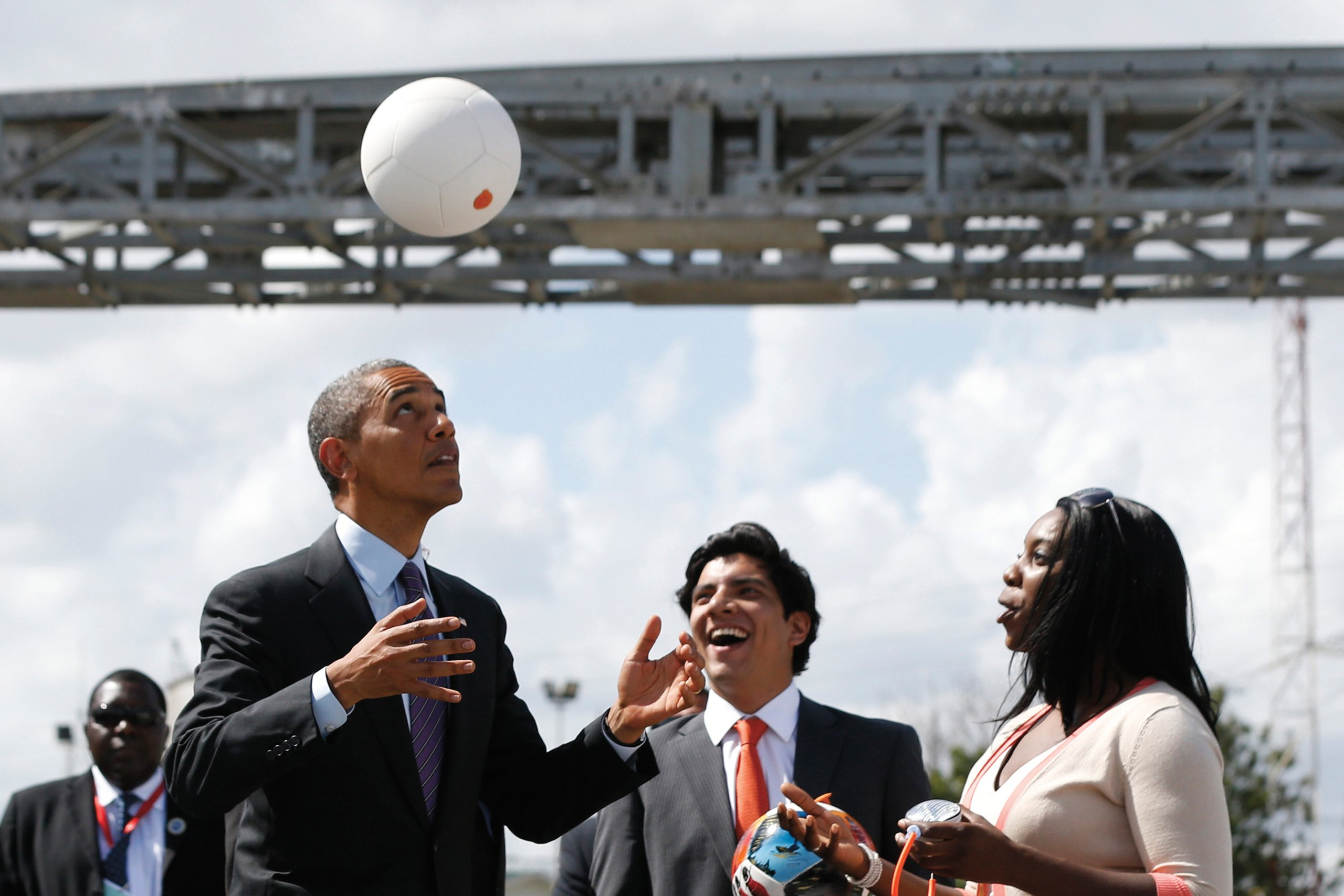 THERE'S A FOOTBALL THAT STORES ENOUGH ENERGY TO POWER APPLIANCES IN UNDERDEVELOPED AREAS!